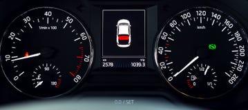 Samochód iluminująca deska rozdzielcza Zdjęcia Royalty Free