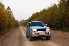 Samochód na drodze Zdjęcie Stock