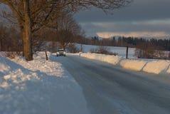 Samochód na lodzie w zimie fotografia royalty free