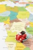 Samochód na mapie Obraz Stock
