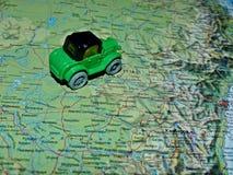 Samochód na mapie Australia Mapa tekst w rosjaninie Planować samochodową wycieczkę turysyczną w Australia Turystyczna trasa fotografia royalty free