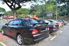 samochód na parkingu partii Zdjęcia Royalty Free
