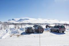 Samochód parkujący w górach w Norway Fotografia Royalty Free