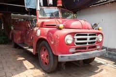 Samochód strażacki w rocznika stylu Obrazy Stock