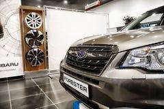 Samochód w sala wystawowej przedstawicielstwo handlowe Subaru w Kazan w 2018 zdjęcie royalty free