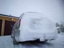 Samochód w zimie Zdjęcia Royalty Free