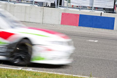 Samochód wyścigowy na siatce Obraz Royalty Free
