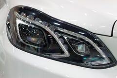 Samochodów DOWODZENI reflektory Fotografia Royalty Free