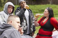 samochodów gangu siedzące młodość Fotografia Royalty Free