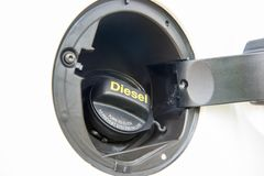 Samochodowa dieslowska euro 5 paliwowego zbiornika nakrętka obrazy royalty free