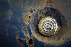 Samochodowa paliwowego zbiornika oleju pokrywa, grunge ośniedziały stary samochód Zakończenie Obrazy Royalty Free