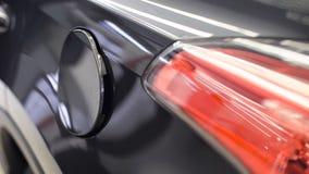 Samochodowa paliwowego zbiornika pokrywa zdjęcie wideo