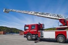 samochodowa pożarnicza drabinowa ciężarówka Obraz Stock