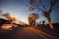 Samochodowa prędkość, sceneria wzdłuż drogi Zdjęcie Royalty Free