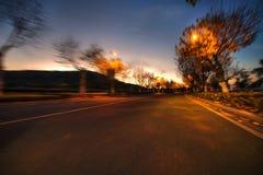 Samochodowa prędkość, sceneria wzdłuż drogi Zdjęcie Stock