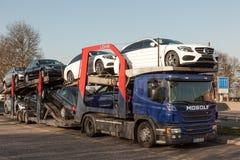 Samochodowa transporter ciężarówka Zdjęcia Stock