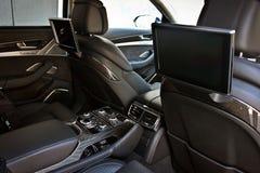 Samochodowa wewnętrzna luksus usługa Samochodowi wnętrze szczegóły elektronika zdjęcie stock