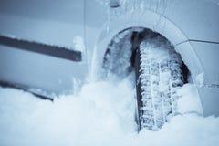 Samochodowa zimy opona Fotografia Stock