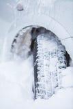 Samochodowa zimy opona Zdjęcia Royalty Free