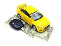 Samochodowi klucze i samochód przy tłem Zdjęcie Stock