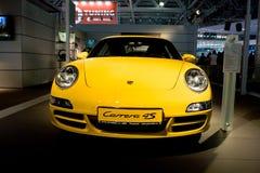 samochodowy carrera parsche sporta kolor żółty Obrazy Royalty Free