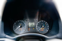Samochodowy deska rozdzielcza szczegółu przodu kierowcy widok Zdjęcia Stock