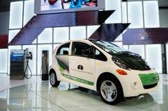 samochodowy elektryczny i Mitsubishi fotografia royalty free