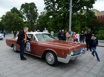 Samochodowy Lincoln Kontynentalny dla zlotnych roczników samochodów w Moskwa Obraz Stock