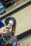 Samochodowy mechanik z wyrwaniem Obraz Stock