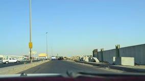 Samochodowy mknięcie w południowym Jeddah dróg czasu upływie zbiory wideo