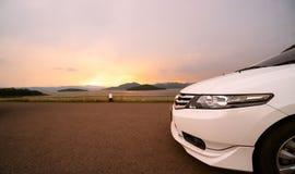 Samochodowy parking i widok natura, I podróżować odwiedzać vario Zdjęcie Royalty Free