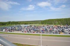 Samochodowy parking w rasach Sportscar strojeniowe rywalizacje na nastrajających samochodach w dryfie rds Obrazy Royalty Free