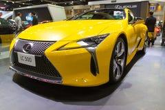 Samochodowy przedstawienie Lexus LC500 przy auto przedstawieniami i innymi wystawami fotografia royalty free
