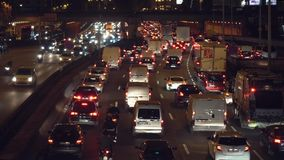 Samochodowy ruch drogowy na drodze zbiory