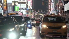 Samochodowy ruch drogowy taxi nowy Jork Zako?czenie zdjęcie wideo
