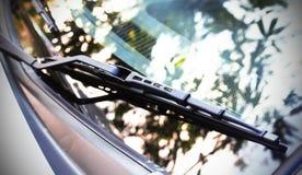 Samochodowy ` s przedniej szyby deszczu nowy wiper Fotografia Royalty Free