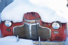 samochodowy stary śnieg fotografia royalty free
