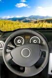 Samochodowy wnętrze, krajobrazowy widok/ Zdjęcia Royalty Free