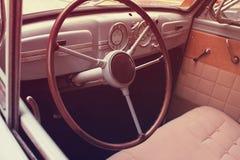 Samochodowy wnętrze (projektujący retro) obrazy royalty free