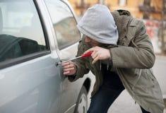 samochodowy złodziej