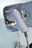 samochodu ładować elektryczny zdjęcie royalty free