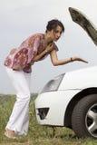 samochodu awaryjna emocj niepowodzenia kobieta Obraz Stock