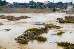 Samochodu inside powódź obrazy stock