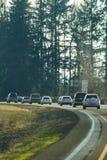 Samochodu jeżdżenia puszek autostrada w Oregon obrazy royalty free