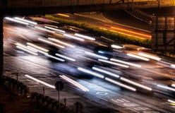 samochodu miasto zaświeca noc sceny Zdjęcie Stock