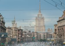 Samochodu ruch drogowy w Moskwa fotografia royalty free