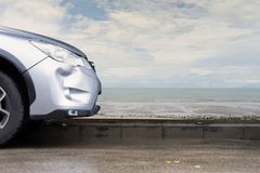 Samochodu srebra koloru trzaska szkody awarii rekordowy wypadek Obraz Royalty Free