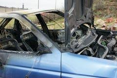 Samochodu wybuch i ogień obraz stock