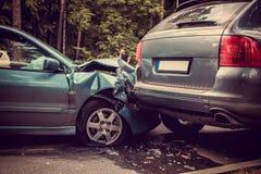 Samochodu wypadek na drodze zdjęcia stock