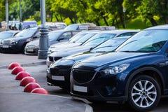 Samochody Dla sprzedaż zapasu udziału rzędu Zdjęcia Stock